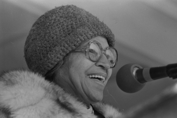 Rosa Parks speaks to a large gathering at the end of the march, January 19, 1987. (MS 360: E-1987-1-19A-29)