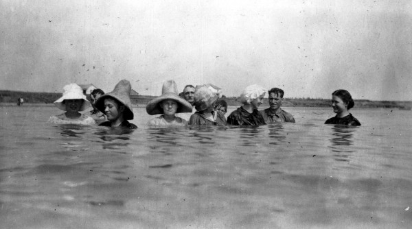 Danish-Americans, from Danevang, during annual camping trip to Matagorda Bay near Palacios, c. 1918.  (MS 362:  098-0566)