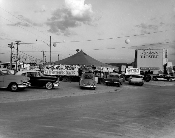 Tent sale outside Parkair Drive-In Theatre, 1301 Goliad Road, July 1960.  (MS 355:  Z-0321-A-19410)