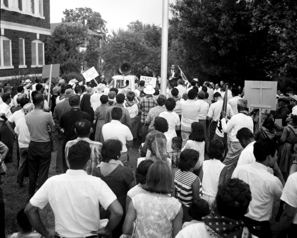 Local labor representatives, politicians, and students join the Valley marchers at a rally outside St. John's Seminary, San Antonio, August 27, 1966.  (MS 360: E-0012-187-A-33)