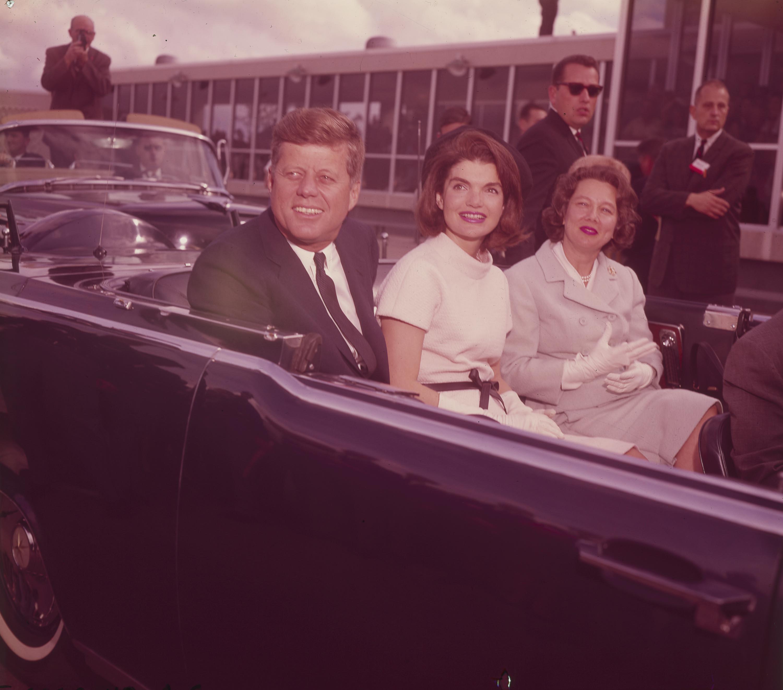 San Antonio Express News >> President Kennedy's Visit to San Antonio: Images from the San Antonio Express-News Collection ...