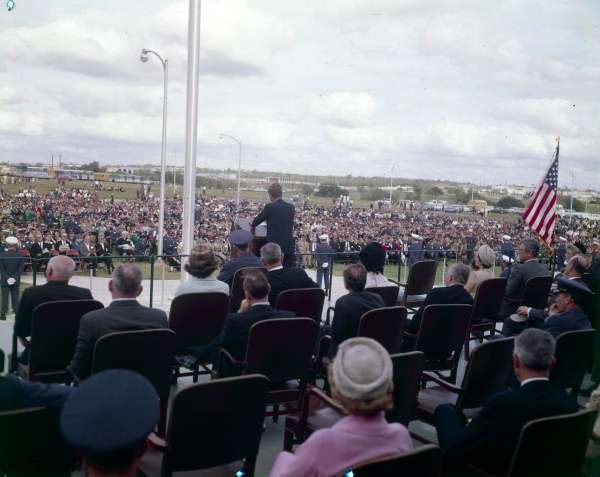 The President delivers remarks saluting the staff and mission of the Aerospace Medical Division at Brooks Air Force Base.  (MS 360:  E-0009-141-A-04)