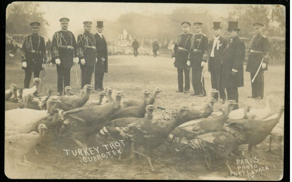 Governor Oscar Colquitt and other dignitaries at 1912 Turkey Trot, Francisco A. Chapa Family papers, MS 405
