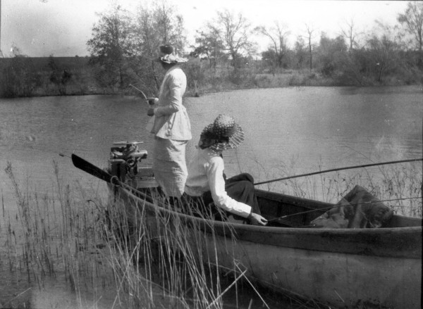 Cornelia Marschall Smith (left) and Irene Marschall King fishing in the Brazos River near Waco, 1910s.  (General Photograph Collection, MS 362:  098-0864)
