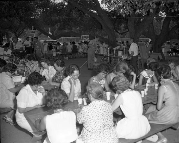 Bingo, 1966.  (MS 355: Z-1831-17)