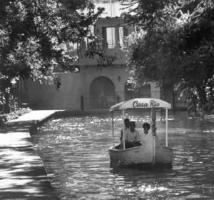 Casa Rio riverboat on San Antonio River, circa 1965, MS 362