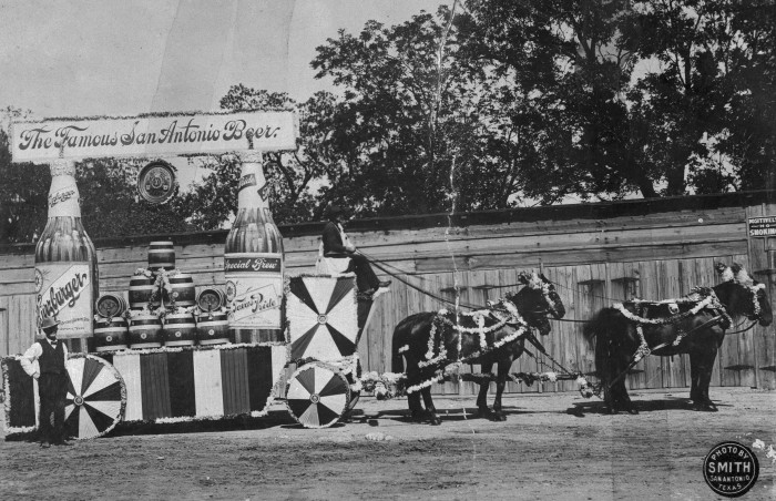 Horse-drawn entry by Lone Star Brewing Company, April 26, 1905.  (General Photograph Collection, MS 362:  074-1295)