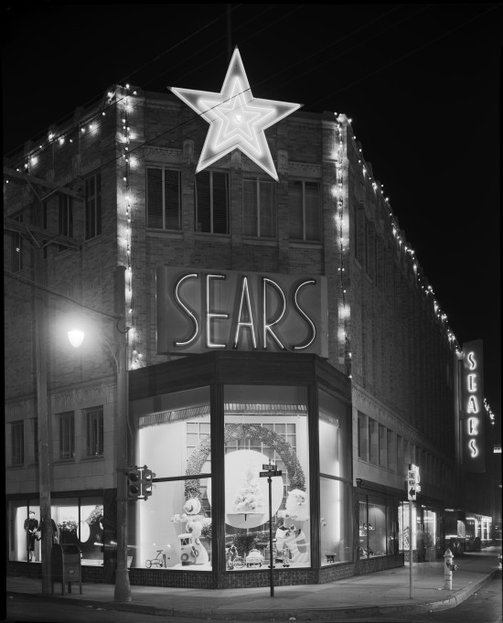 Sears, Roebuck and Company, Romana Plaza Store, corner of Navarro and Soledad Streets, circa 1948. (Zintgraff Studio Photograph Collection, MS 355: 2274-B-01)