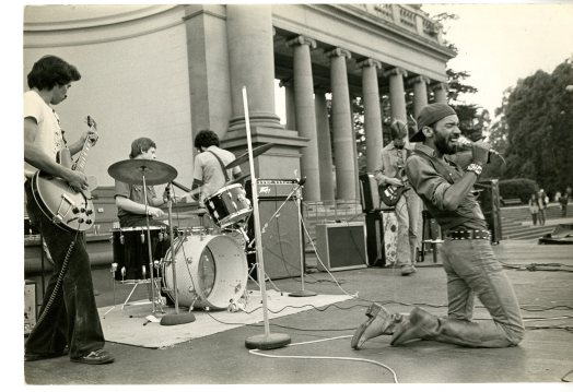 Fleshtones perform in Golden Gate Park, San Francisco, undated