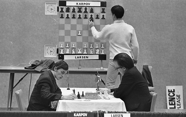 Russian chess champion Anatoly Karpov (left) and Danish Grandmaster Bent Larsen in the third round of Church's International Chess Tournament in Mission Room, November 21, 1972. (San Antonio Express-News Collection, MS 360: E-0026-127-30)